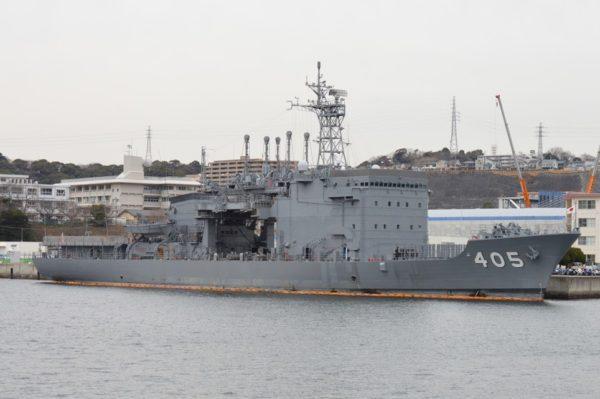 横須賀軍港巡り